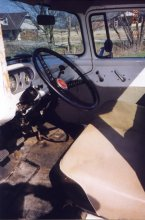 truck_steering_wheel-13mar98.jpg